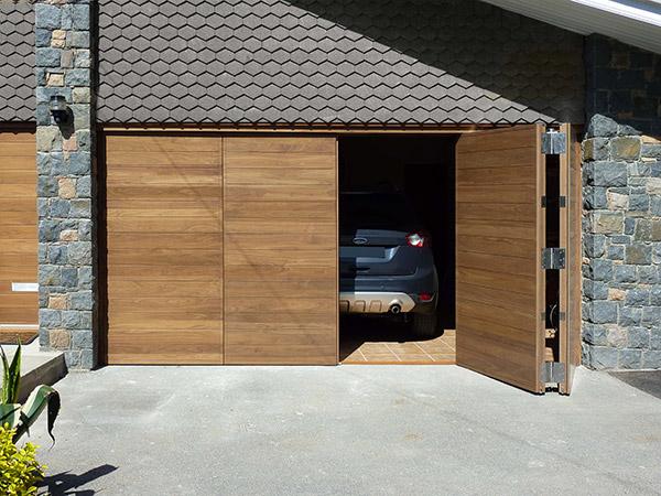 Mantenimiento de puertas de garaje abatibles