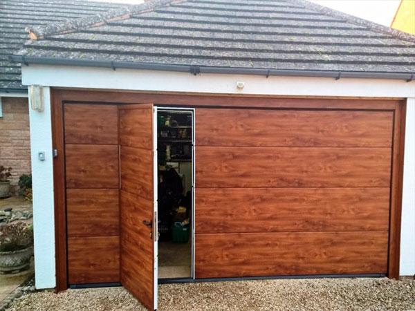 Mantenimiento de puertas de garaje seccionales