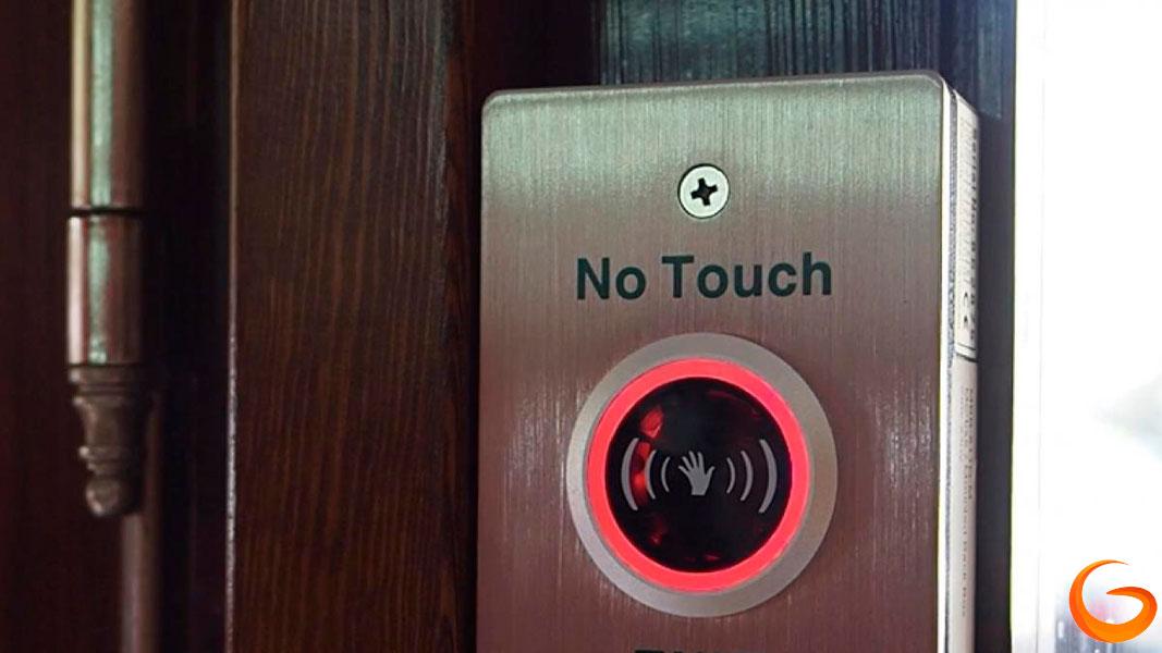 Dispositivos sin contacto para puertas automáticas